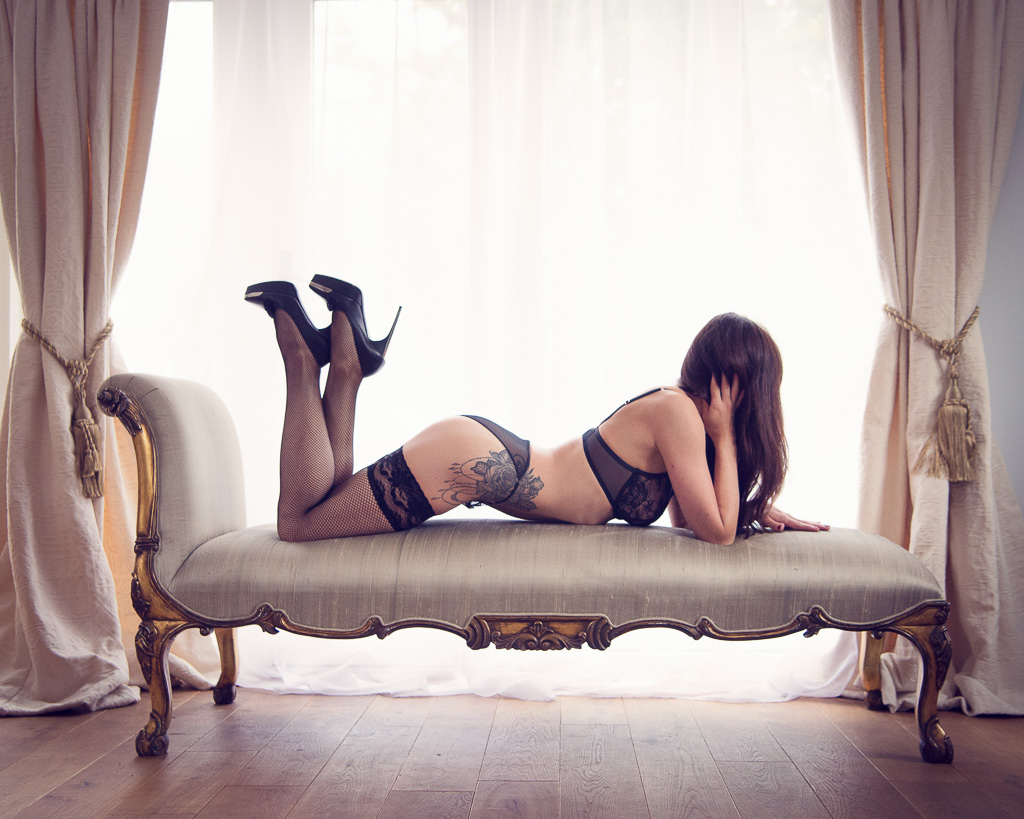 how to style your boudoir shoot khs photography. Black Bedroom Furniture Sets. Home Design Ideas